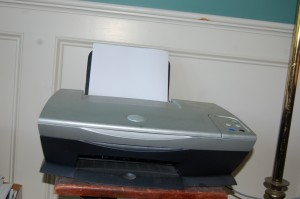 Dell A920 at the ready to crumple the next sheet paper