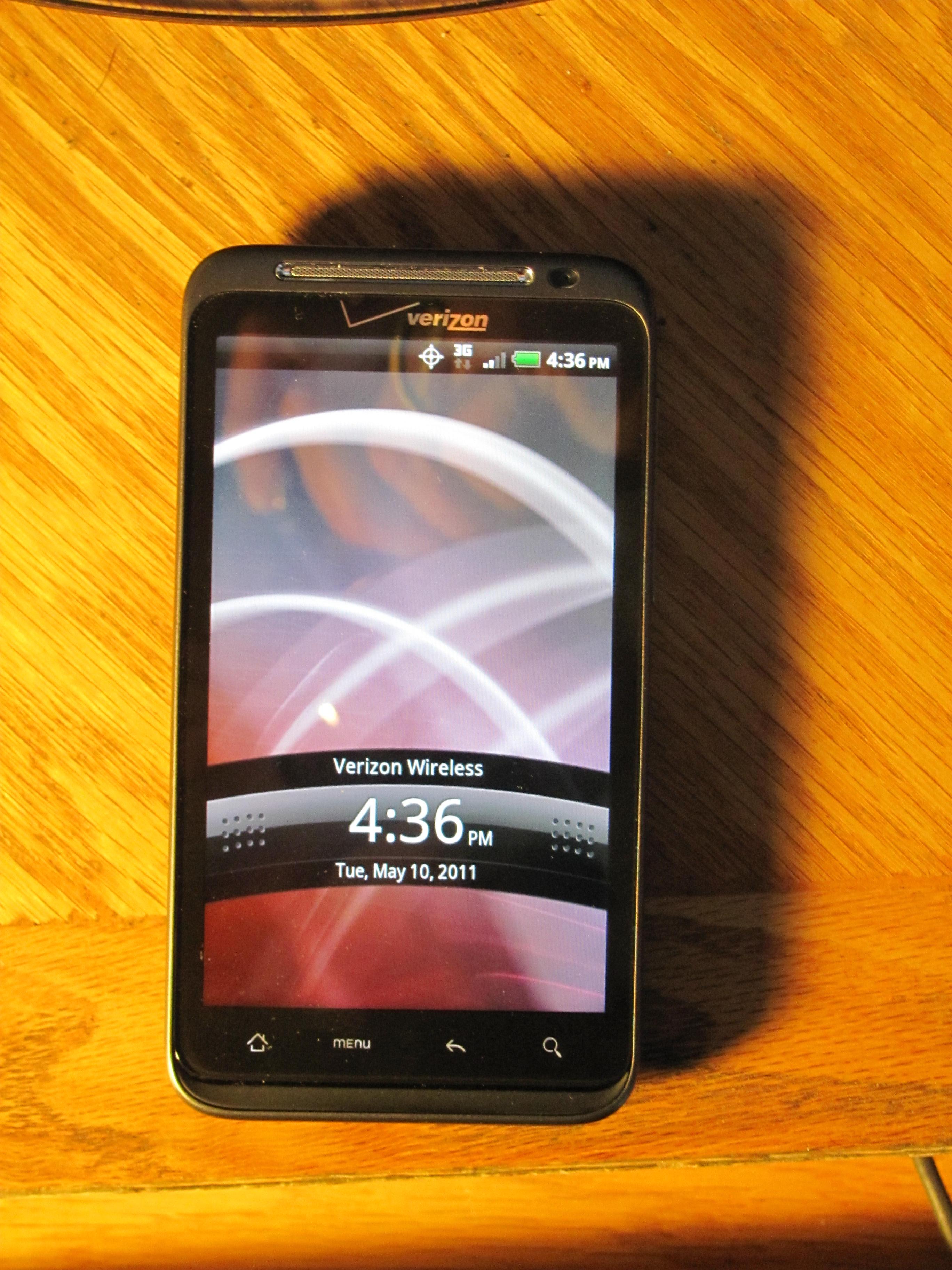 Verizon's first 4G smart phone underwhelms
